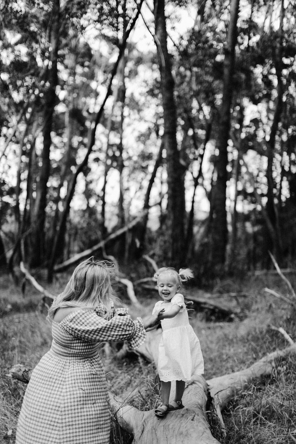 Natural Family photography long grass Melbourne